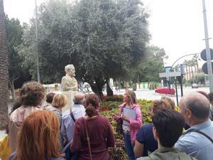 Los alrededores de la Catedral de Murcia y Santo Domingo, dos puntos clave de la visita guiada por las esculturas urbanas de Murcia